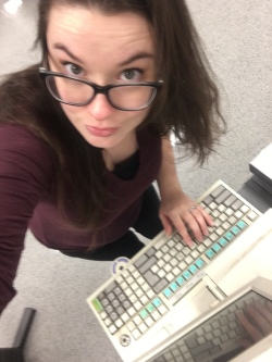 Found an ancient computer system at Sears--but dat bump, tho--20 weeks