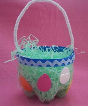 Looked up some recycled Easter baskets...